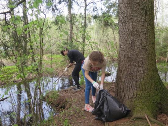 Волонтеры приведут в порядок берег пруда в зоне отдыха «Тропарево»