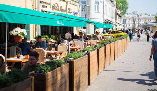 Проверки не выявили массовых нарушений COVID-требований в ресторанах столицы