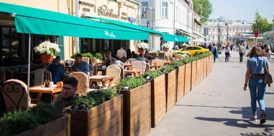 В московских ресторанах и магазинах не выявили массовых нарушений COVID-требований