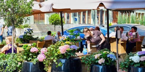 Московские рестораны придерживаются ограничительных мер