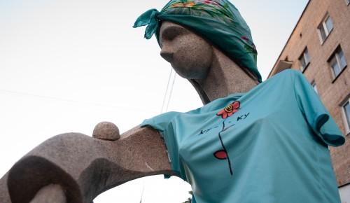 Скульптуре Галатее Нагорной устроили фотосессию