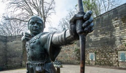 Библиотека Московского дворца пионеров приглашает на онлайн-лекцию о мифах средневековой Европы 5 июля