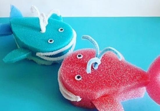 """Дирекция """"Теплый Стан"""" и """"Тропарево"""" рассказала, как создать кита из простых подручных материалов"""