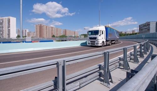 Депутат МГД Семенников: Работа по выводу грузовиков из жилых массивов столицы  ведется последовательно