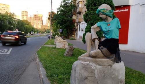 Котловчане надели юбку  на Галатею Нагорную