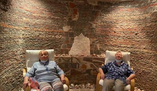 В пансионате для ветеранов труда №6 прошли физиотерапевтические процедуры в сильвинитовой комнате