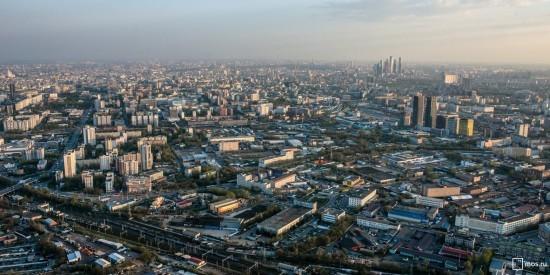 На Юго-Западе Москвы пресекли 81 нарушение в имущественно-земельной сфере