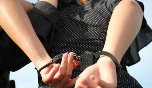 В ЮЗАО задержали двух приезжих женщин, укравших  570 тысяч рублей у пенсионерки