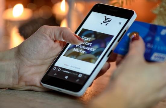 Жителям Северного Бутова рассказали о новых мошеннических схемах в онлайн-лекции «Осторожно мошенники!»