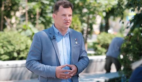 Роман Романенко оценил ход модернизации поликлиник и школ Москвы