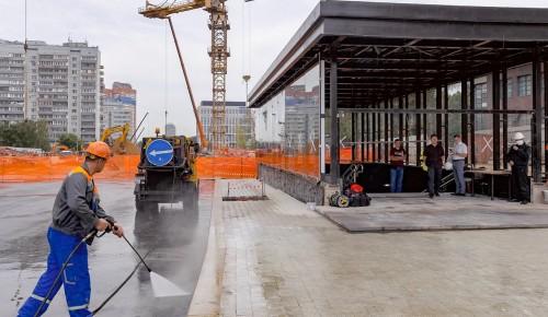 Благоустройство территорий возле станций «Зюзино» БКЛ метро завершат к сентябрю
