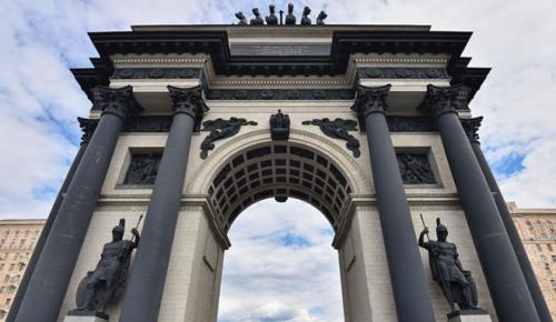 Сергунина: Монументы участникам войны 1812 года отреставрируют в столице