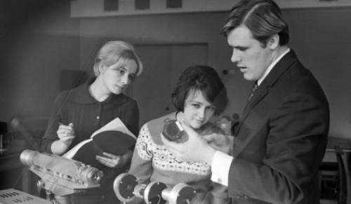 Об изменениях в сфере высшего и среднего образования в 1963 году рассказал Главархив