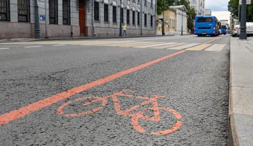 На столичных улицах появилось еще 5 км временных велополос