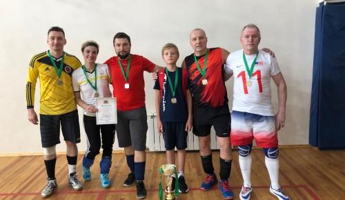 Спортсмены из Черемушек с ограниченными возможностями отличились на соревнованиях по волейболу