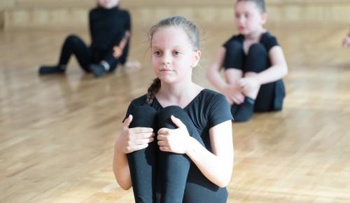 КЦ «Вдохновение» Ясенева перечислил плюсы занятий для детей в студиях