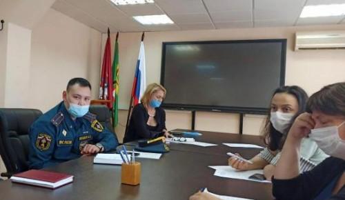 Сотрудники МЧС проводят профилактическую работу ко Дню голосования на выборах депутатов Государственной Думы