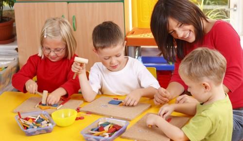 Библиотека №184 в Facebook пригласила детей в кружки дополнительного развития