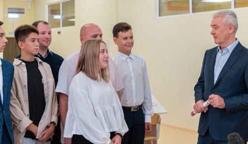 Собянин: За 10 лет в Москве построено свыше 430 новых школ и детсадов