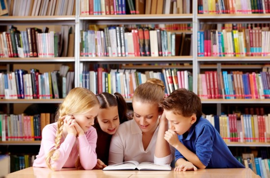 "Библиотека №190 опубликовала подборку книг ""Лето, не уходи!"""