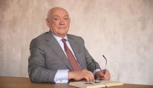 Румянцев: кадровый центр депздрава дает будущим врачам зеленый свет в профессию