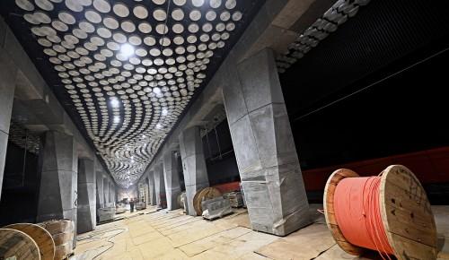 Пассажиры «Воронцовской» увидят Млечный путь и серые колонны, напоминающие метеориты