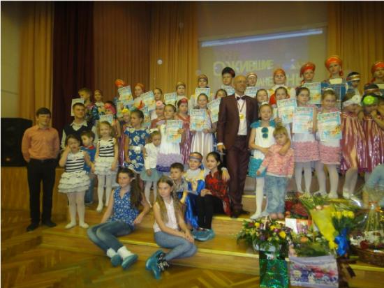 """Школа №1981 объявила набор в хореографический коллектив """"Ожившие манекены"""""""