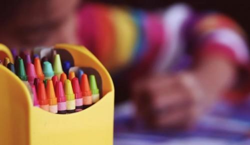 Уроки по рисованию  для детей и взрослых проводят в Воронцовском парке
