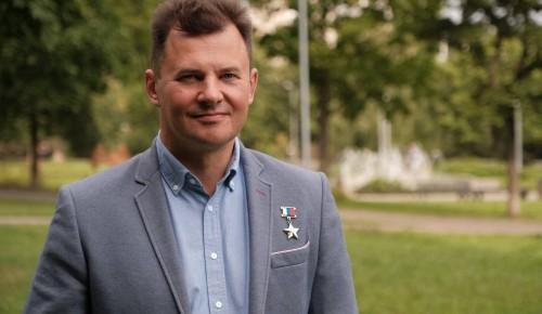 Роман Романенко выступил с инициативой запрета организации платных парковок во дворах жилых домов