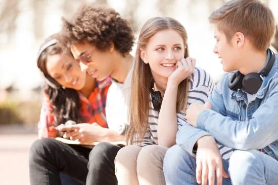 Родителей школьников Теплого Стана приглашают на онлайн-встречи о диетологии и проблемах подросткового возраста