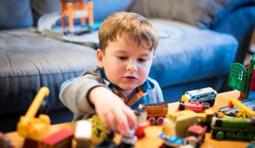 КЦ «Вдохновение» рассказал, почему на занятия в большинство студий берут детей с четырех лет
