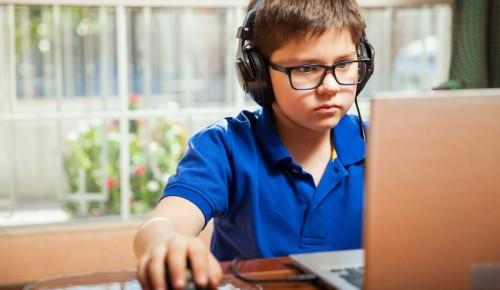 Библиотека №190 рассказала родителям о том, какие компьютерные игры стоит покупать детям