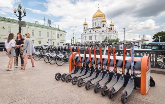 Команда школы№1212 Ясенева одержала победу в соревнованиях по городскому ориентированию