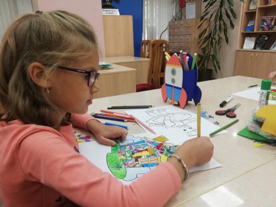 В библиотеке №179 рассказали о прошедшем мастер-классе по созданию картин в лоскутной технике