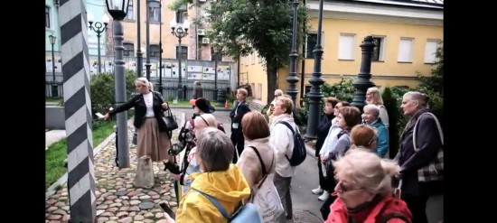 Жители Зюзина старшего поколения могут оставить заявки на участие в «Пешем лектории» от «Московского долголетия»
