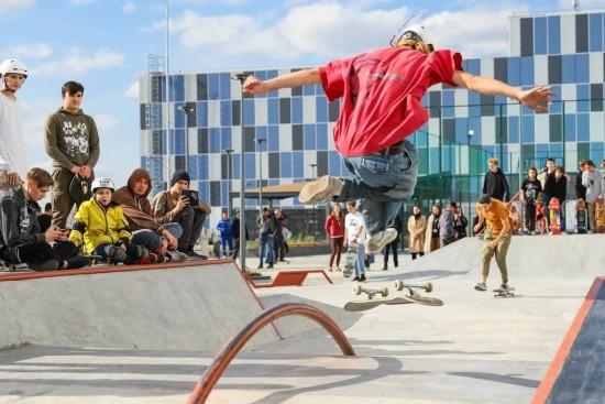"""В """"МЕГЕ Тёплый Стан"""" открылся новый скейт-парк"""