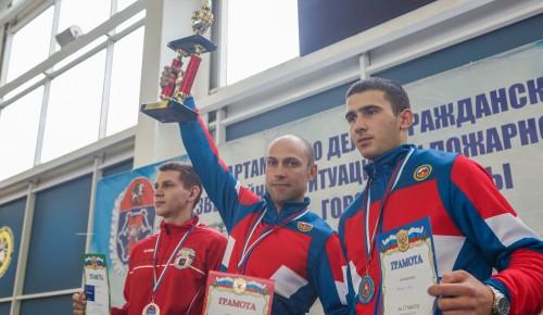 Приехали бороться за первое место: команда Департамента ГОЧСиПБ показала лучший результат на соревнованиях по пожарно-спасательному спорту