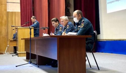 В столичном Главке МЧС встретили молодых офицеров