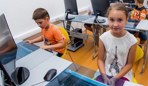 Более 30 детских технопарков и площадок профориентации присоединились к акции «День без турникетов. Дети» — Сергунина