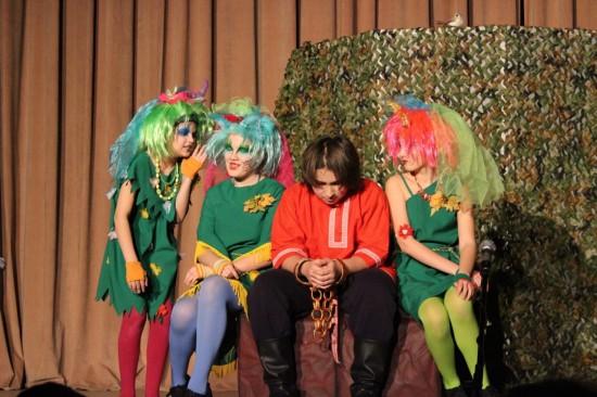 Библиотека №183 приглашает детей на занятия в театр-студию «Сценка»