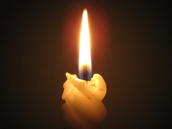 14 октября библиотека №172 приглашает принять участие в поэтическом вечере при свечах