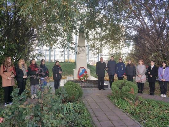 Ученики школы №1161 приняли участие в памятных мероприятиях
