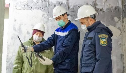 Мосгосстройнадзор проверил строительство высотного комплекса в Обручевском районе