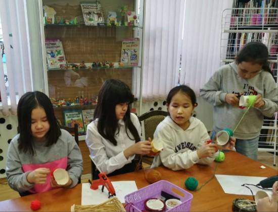 В библиотеке № 175 прошел осенний мастер-класс для детей