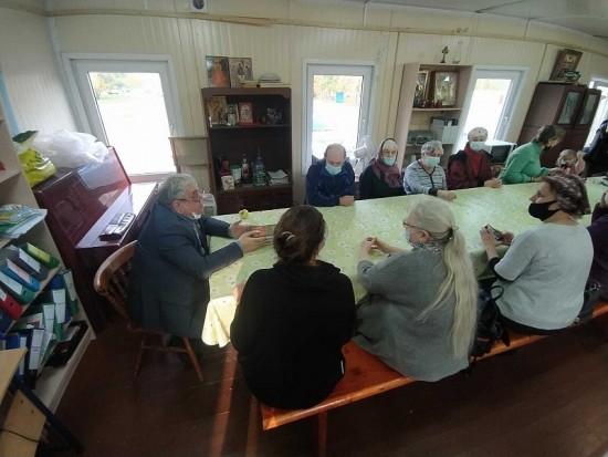В воскресной школе храма Святых Праведных Симеона Богоприимца и Анны пророчицы провели познавательную лекцию
