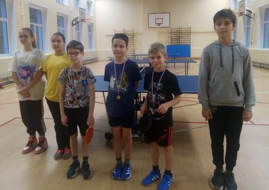 В школе №46 прошли районные соревнования по настольному теннису
