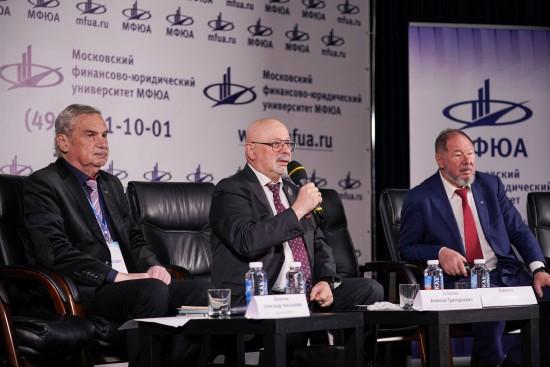 Стремительное развитие частного образования в России